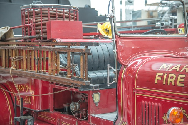 Fire fire truck antique.