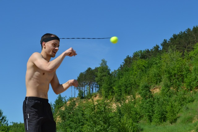 Fireball ball on an elastic band fight bol, health medical.