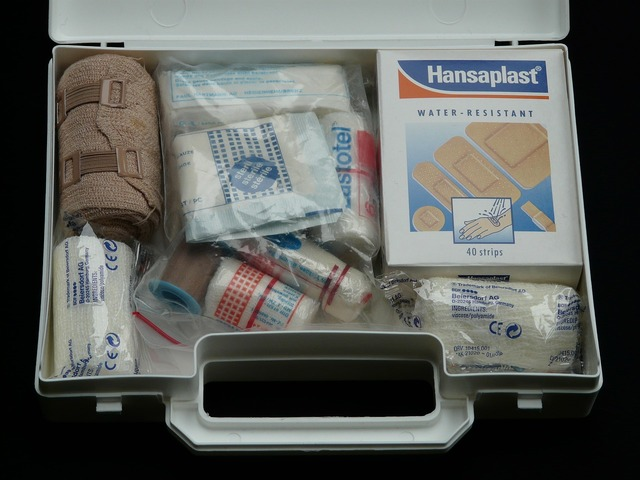 First aid kit help association case.
