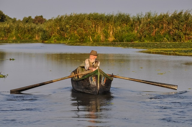Fisherman old person, people.