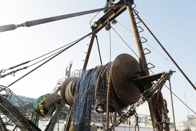 Fishing boat fishing net.