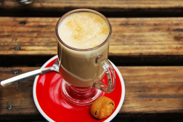 Flat white red biscuit.