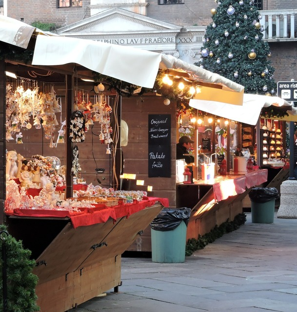 Flea market christmas verona.