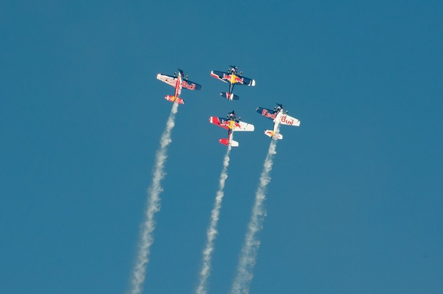 Flugshow aircraft air race.