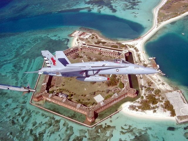 Fort jefferson florida f a-18, travel vacation.