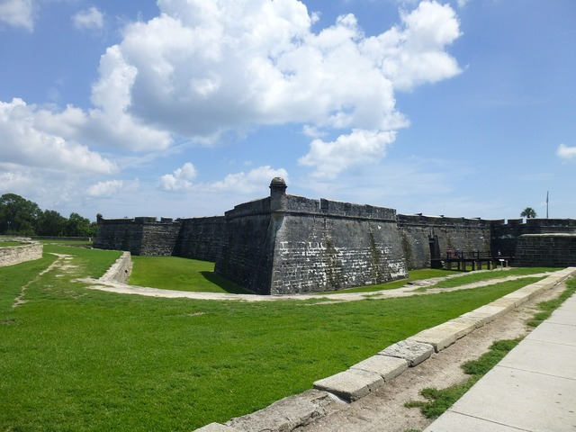 Fort old stone, travel vacation.