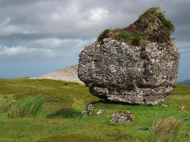 Foundling stone rock, nature landscapes.