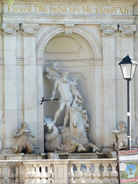 Fountain chapter glut neptune, architecture buildings.