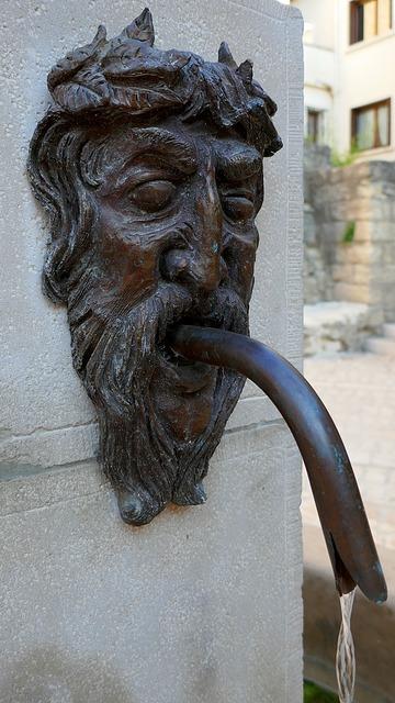 Fountain face bronze.