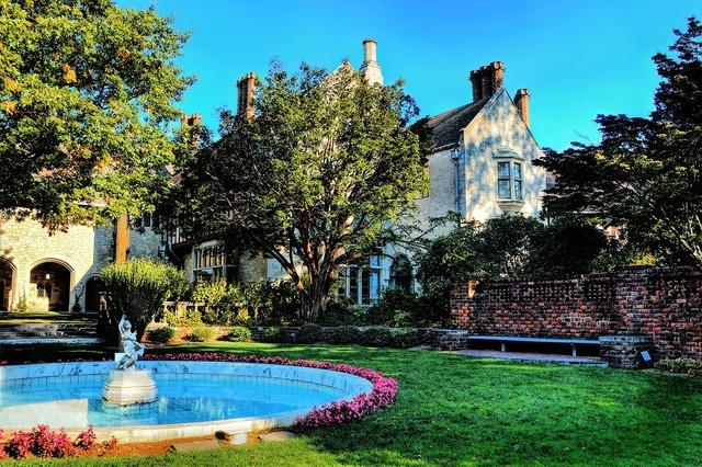 Fountain garden villa, architecture buildings.
