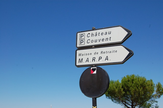 France direction chateau.
