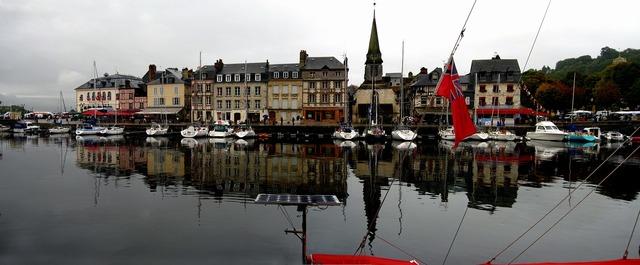 France honfleur harbor.