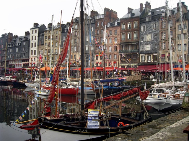 France honfleur harbor.
