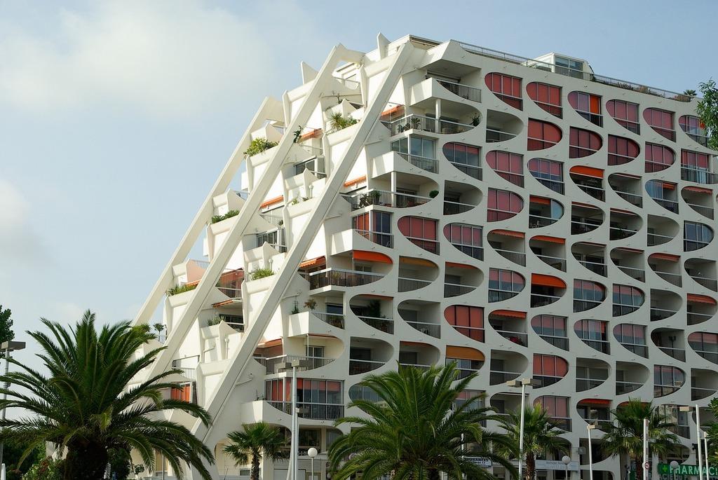 France la grande motte modern architecture, architecture buildings.