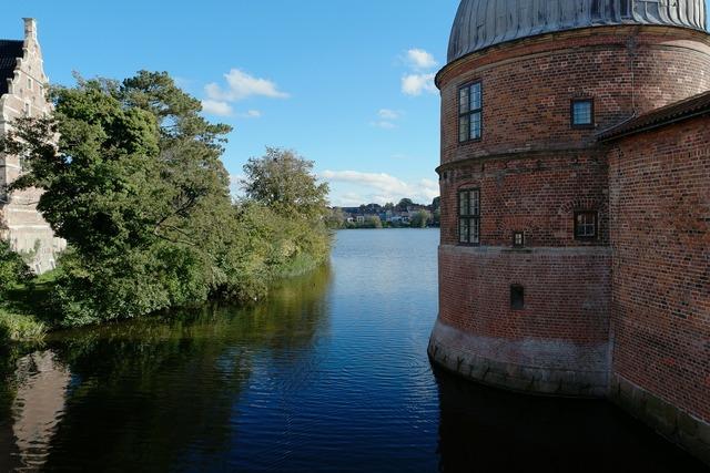 Frederiksborg castle castle denmark, places monuments.