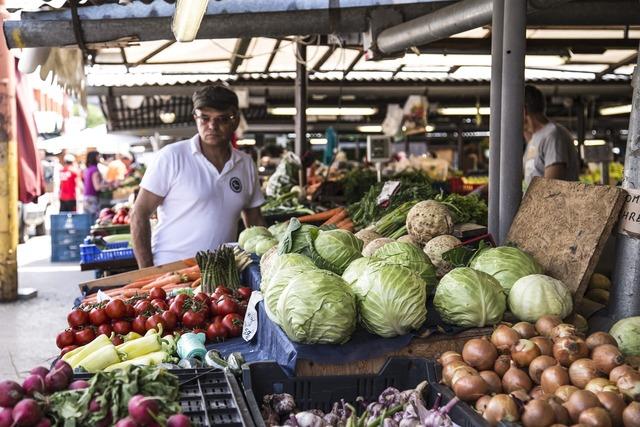 Fresh market farmer, food drink.