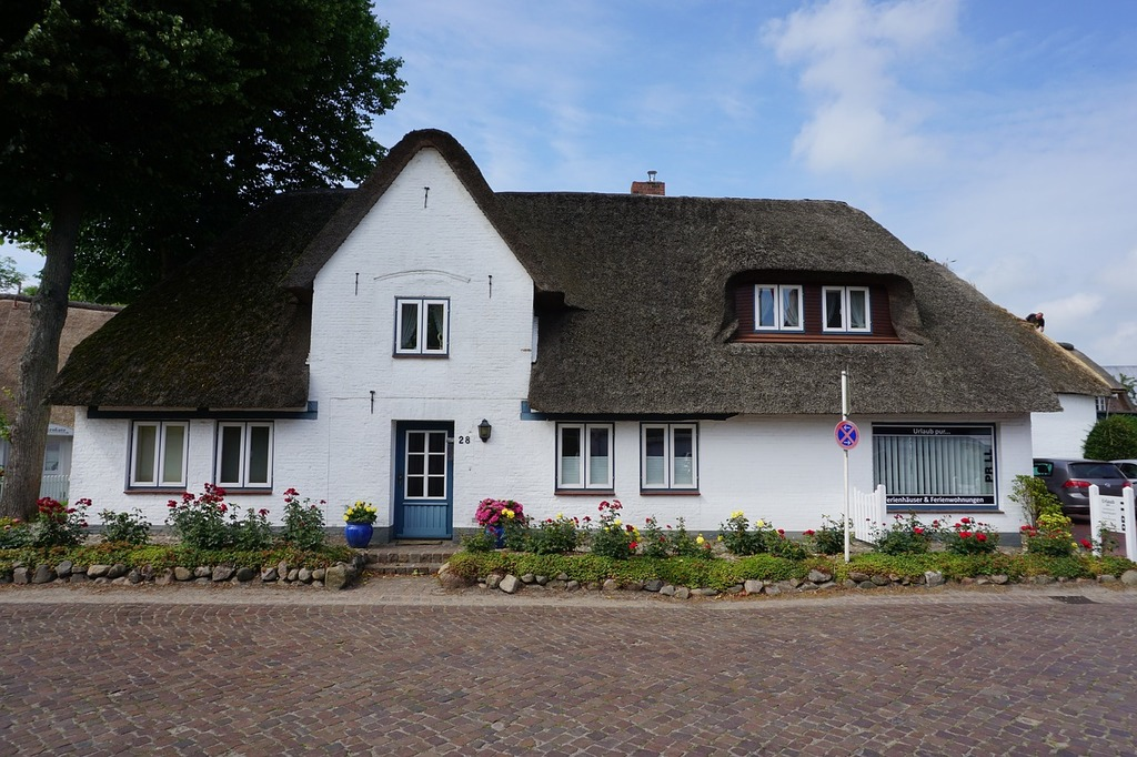 Friesland föhr thatched roof, architecture buildings.