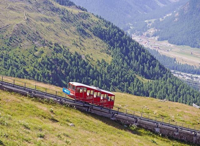 Funicular railway aussichtspinkt engadin.