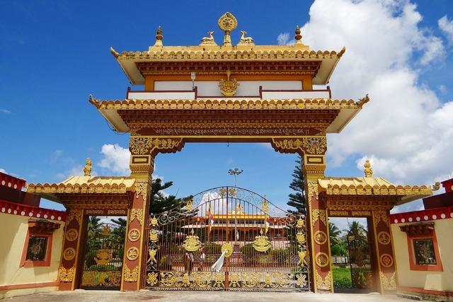 Gaden jangtse monastery gate mundgod, religion.