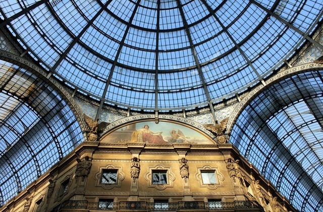 Galleries italy milan.