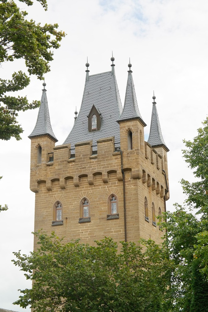 Gate tower tower castle.