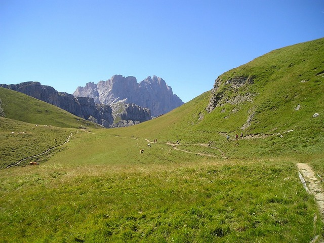 Geisler range dolomites hiking.