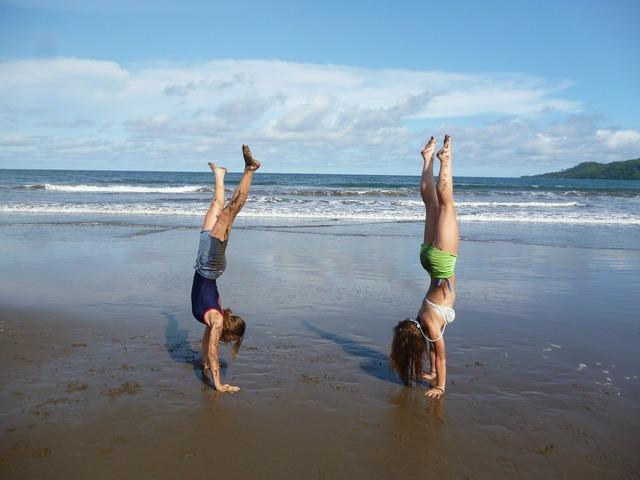 Girls acrobat acrobatics, travel vacation.