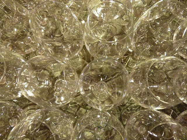 Glass wine glass wine.