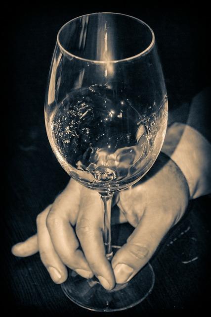 Glass wine white wine.