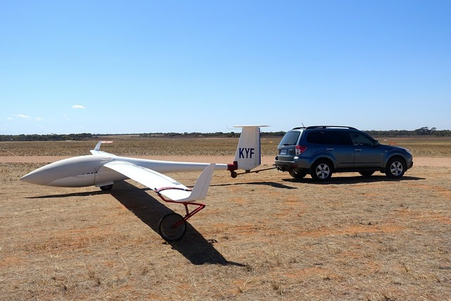 Glider tarmac grounded.
