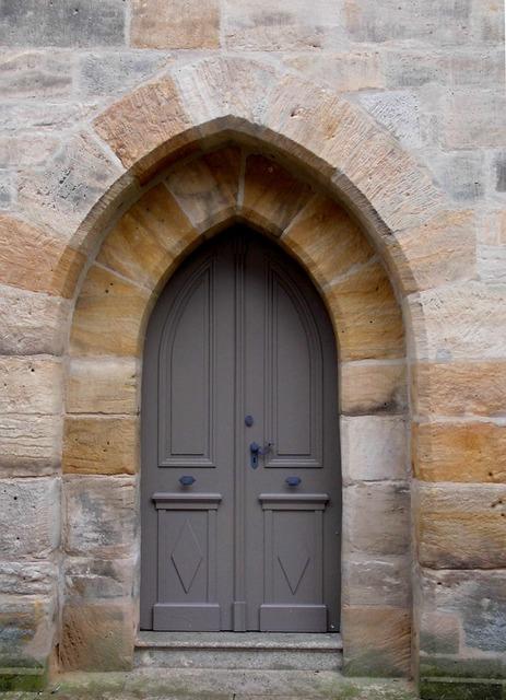 Goal church door spitz gate, architecture buildings.
