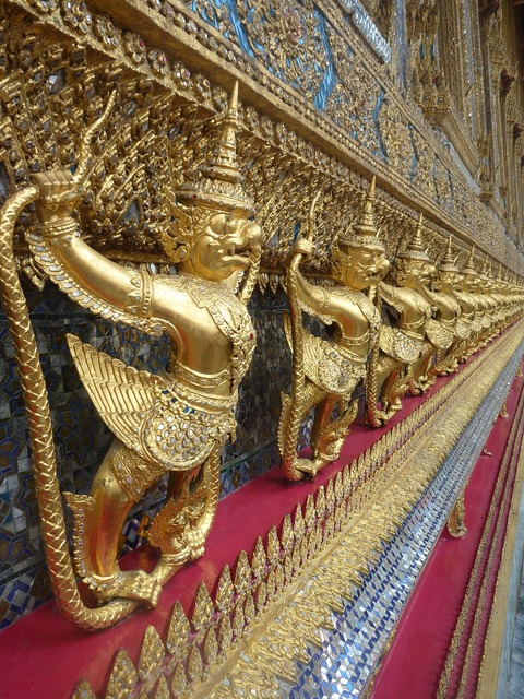 Golden temple bangkok, religion.