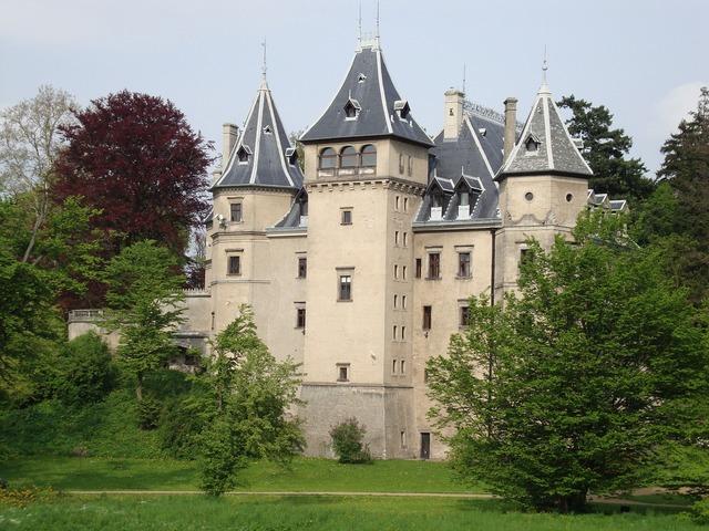 Goluchów poland castle, architecture buildings.