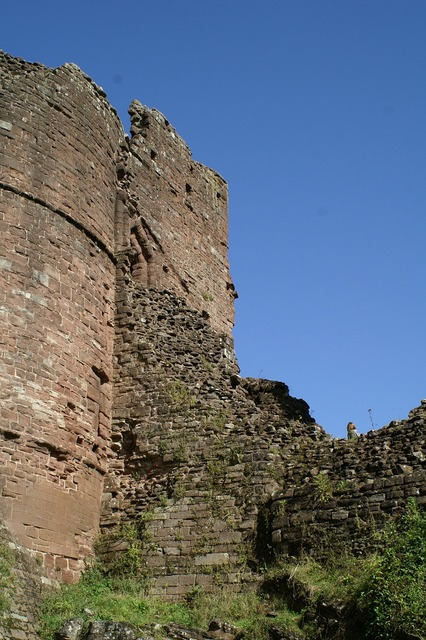 Goodrich castle england herefordshire, architecture buildings.