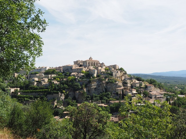 Gordes village château de gordes.