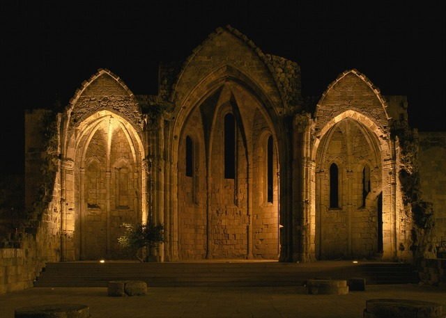 Gothic gothic church archway.
