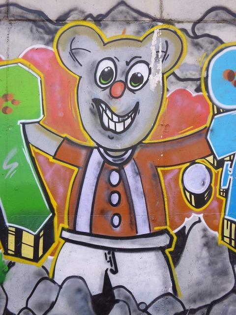Graffiti bear miribilla.