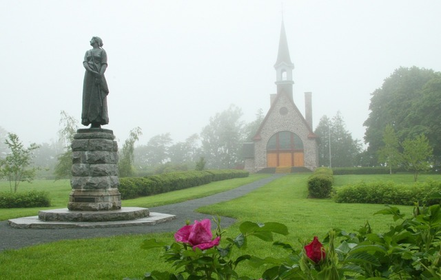 Grand pre acadian french, religion.