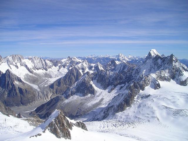 Grandes choir asses chamonix alpine.