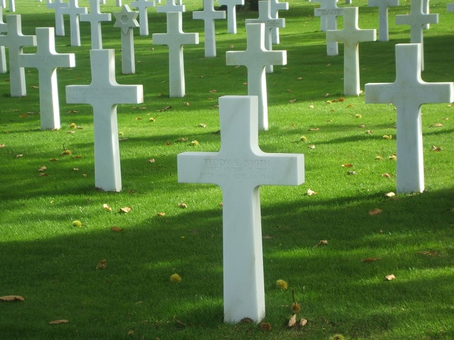 Graves cross normandy.