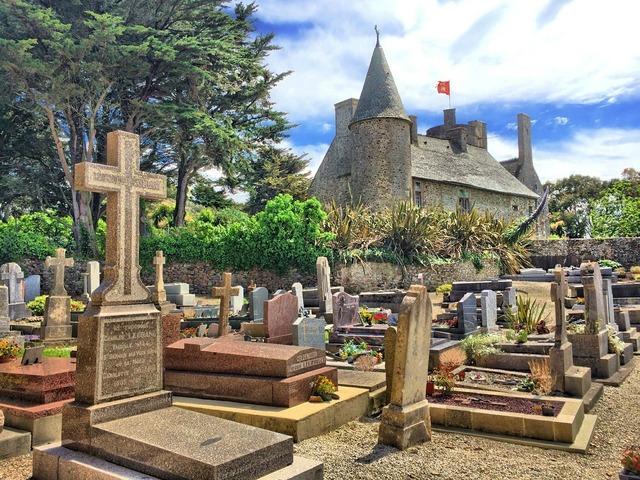 Graveyard france cemetery.