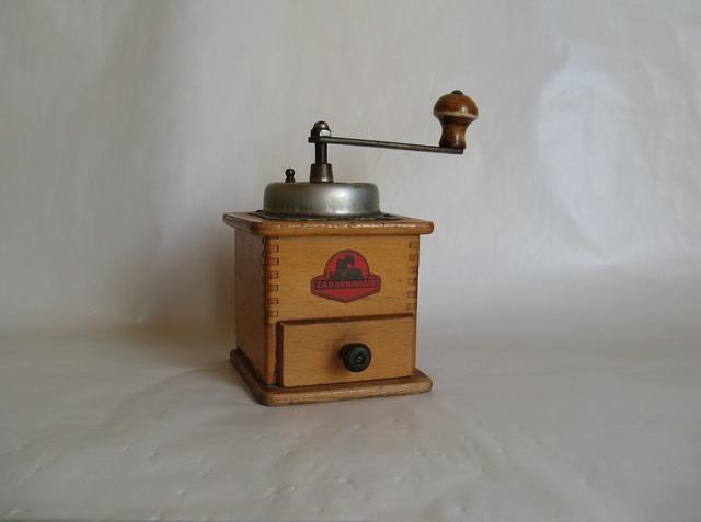 Grinder coffee grind.