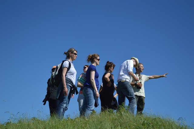 Group excursion follow.