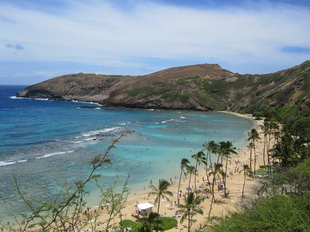 Hanauma bay booked hawaii, travel vacation.