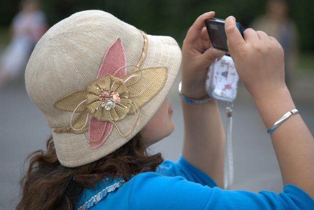 Hat clothing feminine.