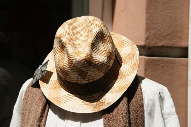 Hat fashion summer, beauty fashion.