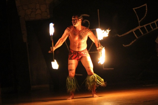 Hawaii flame dance fire dance hawaii.