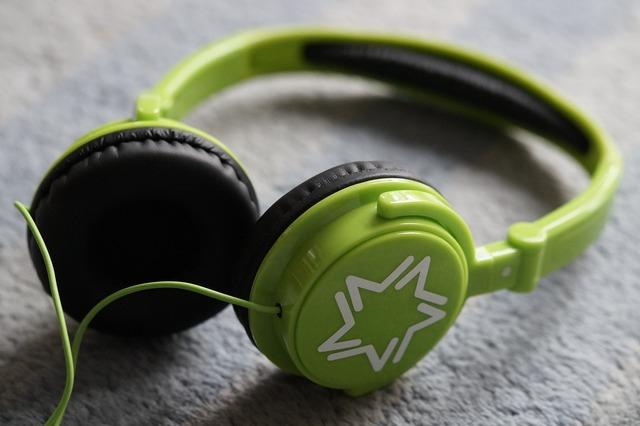 Headphones green listen to music, music.