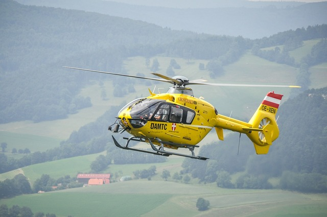 Helicopter christophorus9 yellow angel.
