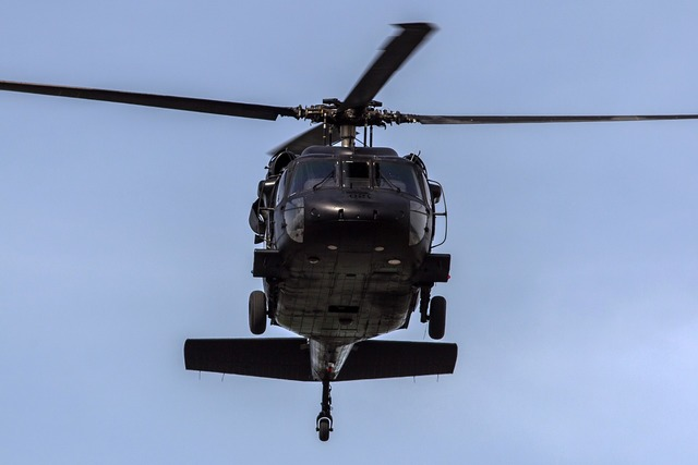 Helicopter pilot transportation, transportation traffic.